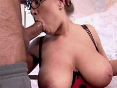 Cute busty milf sucks dick n fucks
