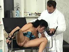 Cock hungry mom throats her doctor