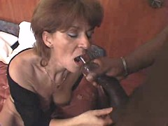 Elder mom gets cum from black cock